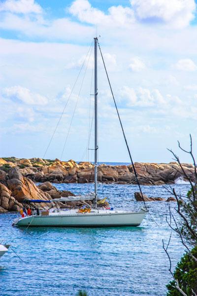 Voilier Luckystar pour croisière en Corse avec skipper