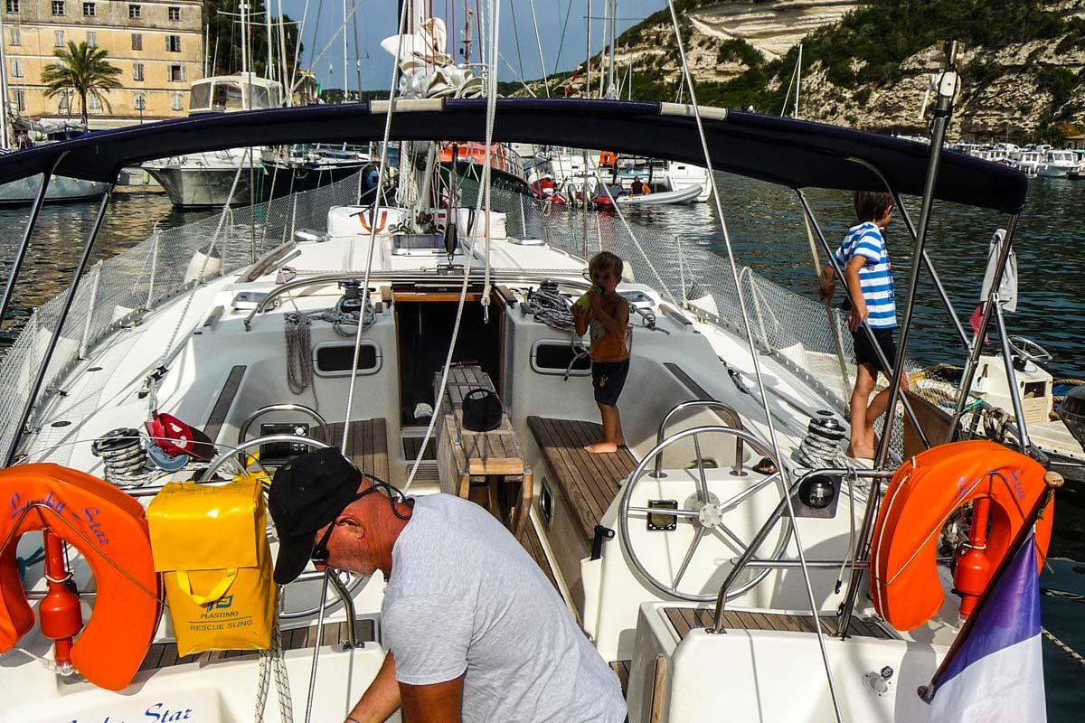 Location-voilier-luckystar-croisiere-Corse-Mediterranee-corse-11