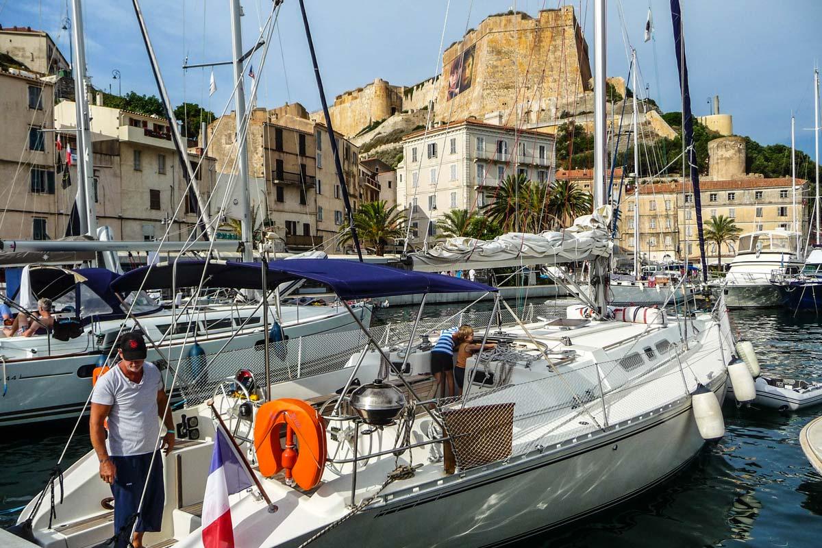 Location-voilier-luckystar-croisiere-Corse-Mediterranee-corse-12
