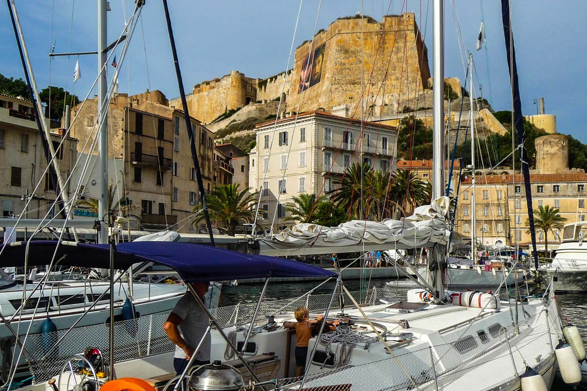 Location-voilier-luckystar-croisiere-Corse-Mediterranee-corse-13