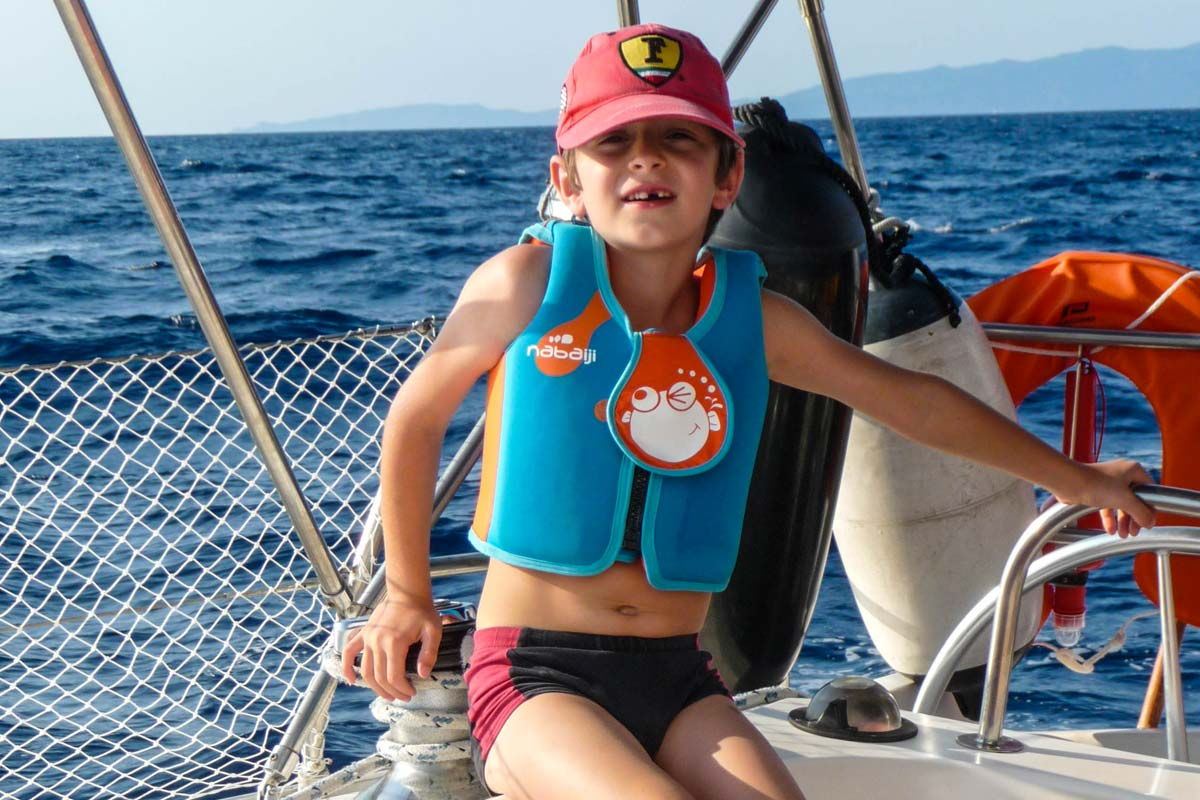 Location-voilier-luckystar-croisiere-Corse-Mediterranee-corse-2