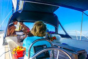 La vie à bord du voilier Corse Luckystar