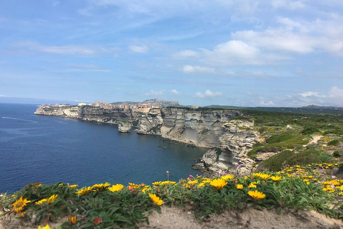location-voilier-Corse-avec-skipper-Diamant-Bleu-1