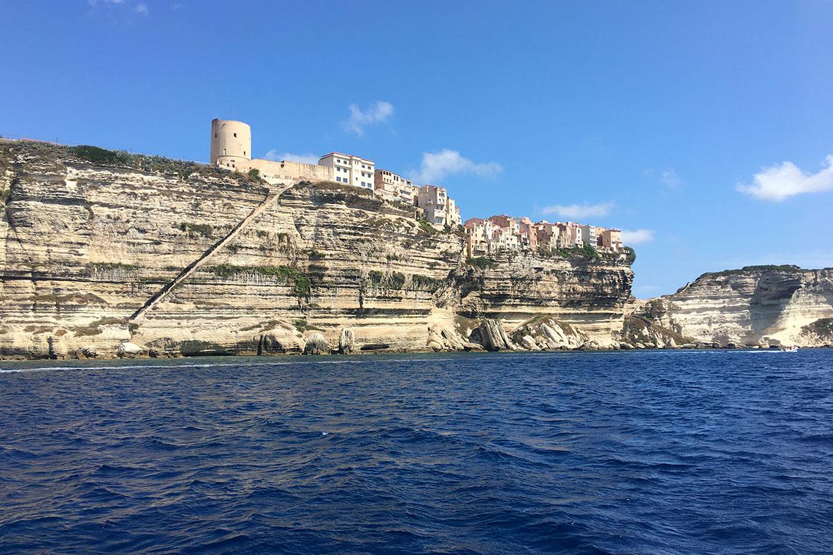 location-voilier-Corse-avec-skipper-Diamant-Bleu-17