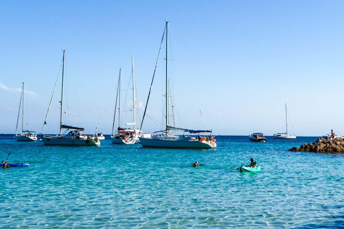Location-voilier-luckystar-croisiere-Corse-Mediterranee-corse-6